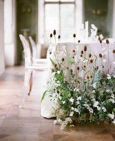 Boho Wedding Flowers, Wedding Flower Inspiration, Floral Wedding, Green Wedding, Floral Centerpieces, Flower Arrangements, Flower Installation, Celebration Day, May Weddings