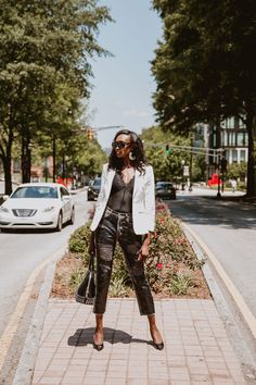 The best part about fall - besides pumpkin spice everything - is the new fashion trends! This season the trends are perfect transition wardrobe pieces for fall. Follow SequinsInMySalad on Instagram for more fashion inspiraiton. #nowtrending #autumnoutfits #trendyoutfits #dressycasualoutfits #womensfallfashion Winter Fashion Casual, Winter Fashion Outfits, Autumn Winter Fashion, Fall Outfits, Fall Winter, New Fashion Trends, Latest Fashion For Women, Fashion Blogs, Fashion 2020