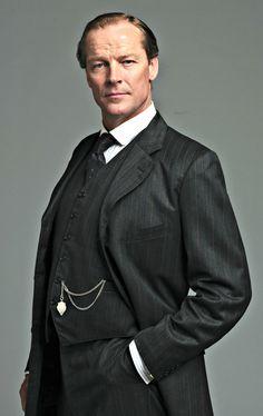 Iain Glen - A man of many talents. : Photo