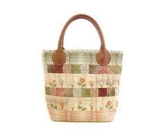 お花畑のバッグ