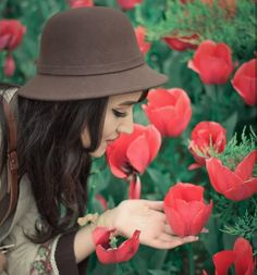 #Love #Girl #Flower #Photography #Girls #Flowers #Cute #Alone #Sad #Iran :) Flower Photography, Love Pictures, Iran, Cute, Flowers, Kawaii, Florals, Flower Pictures, Flower