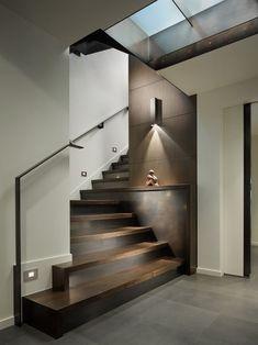 Contemporary wooden open staircase idea