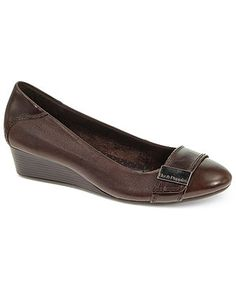 Hush Puppies Women's Candid Ornament Wedge Pumps
