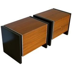 Pair of nightstands by Robert Baron for Glenn Of California, 1960s. Walnut, steel, ebonized oak
