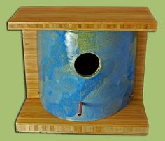 Outdoor Garden Willow Bird Nest Box finegardenproducts.com