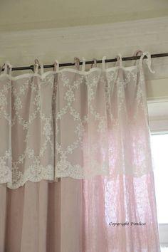 Pimlico Kanten gordijn Amelia Off White Pimlico Household linens curtain available at www.laurasliving.nl