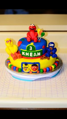 Sesame Street Themed Cake with edible characters