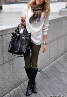 scarf, boots, colored skinny jeans and baggy sweatshirt and large purses (if I was to use a purse every once in a while)