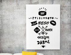 """Vinilo decorativo de texto """"Soy prisionera del beso que nunca debiste darme"""" 04922 - Decoración de paredes con vinilos adhesivos"""