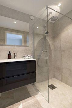 Bathroom Interior Design, Interior Decorating, Wet Rooms, Glass Shower, Home Reno, Bathroom Flooring, Small Bathroom, Decoration, Sweet
