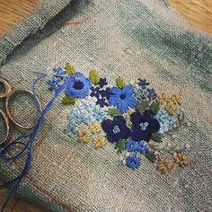 #Embroidery#stitch#needle work#hamp linen #프랑스자수#일산프랑스자수#자수#햄프린넨 #좋아하는 칼라 ~