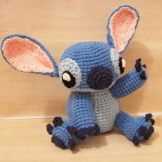 Free Stitch Amigurumi Crochet Pattern for Stitch from Lilo & Stitch Mini Amigurumi, Crochet Patterns Amigurumi, Amigurumi Doll, Crochet Dolls, Crochet Stitches, Knitting Patterns, Crocheting Patterns, Cute Crochet, Crochet Crafts