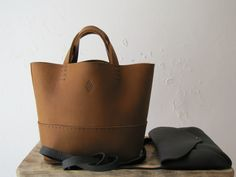 The Petit Basket bag in Italien leather, all hand stitched & cut Basket Bag, Hand Stitching, Madewell, Tote Bag, Leather, Bags, Fashion, Handbags, Moda
