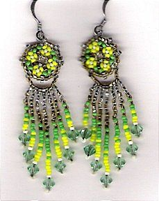 Four Flower Cluster Earrings Pattern at Sova-Enterprises.com Lots of free beading patterns and tutorials.