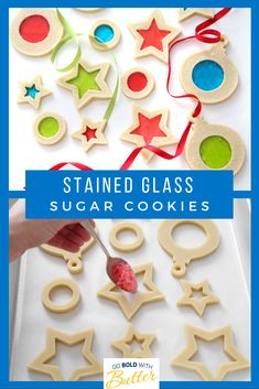 christmas cookies and candy Weihnachtspltzchen These cookies will be the star of your cookie swap! Buttery sugar cookies get an easy but festive look with melted hard candy stained glass windows. Christmas Sweets, Noel Christmas, Christmas Goodies, Christmas Candy, Holiday Cookies, Holiday Treats, Holiday Recipes, Summer Cookies, Baby Cookies