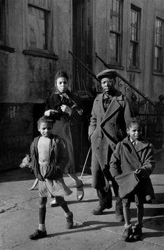 Henri Cartier-Bresson, New York, USA, 1947. © Henri Cartier-Bresson/Magnum Photos.
