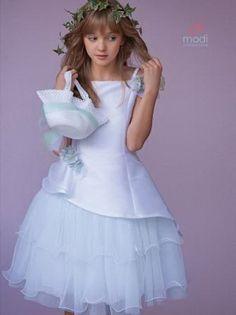 3efe4e3c4d25 Le migliori 75 immagini su vestito comunione bambina del 2019 ...