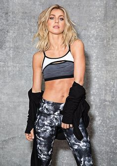 Workout Clothes Yoga Tops Sports Bra Yoga Pants Motivation is here! Fitness Apparel Express Workout Clothes for Women SHOP @ Fit Girl Motivation, Fitness Motivation, Fitness Diet, Fitness Wear, Easy Fitness, Womens Workout Outfits, Sport Outfits, Fitness Outfits, Sport Fashion