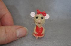 OOAK (One Of A Kind) Minatures & Dolls House Creations TreasuredByU  Clay Sculpt Furred Mouse