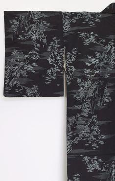'Gindera Yama' Kimono - Zenbu Home Japanese Things, Silk Kimono, Black Silk, As You Like, Tapestries, Body Shapes, Wall Hangings, Textile Art, Textiles