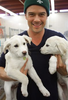 7 Reasons Why Josh Duhamel Is The Perfect Puppy Parent