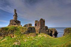 Castle Sinclair Girnigoe, home of the Sinclair family, Earls of Caithness.