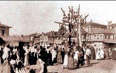 1910lar Ankara Hamamönünde panayır .. Bazaar Ideas, Ankara, Old City, Once Upon A Time, Twitter, Istanbul, Dolores Park, Beautiful Places, Street View