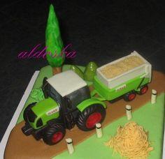 DORTY A SLADKOSTI aneb PEČEME S LÁSKOU - Fotoalbum - -MOJE PEČENÍ- - MOJE DORTY - My cakes - Claas traktor pro vnuka kamarádky Mileny