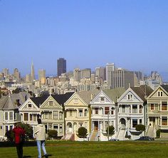 "Victorian Houses of San Francisco: Alamo Square ""Postcard Row"""