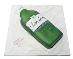 Gin Bottle Cake Delivery in London 60th Birthday Cake For Men, Mum Birthday, Birthday Ideas, Birthday Parties, Gin And Tonic Cake, Gordon's Gin, Cake Design For Men, Gin Festival, Barrel Cake