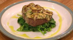 Fillet of beef with mushroom rarebit topping