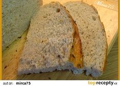 Na řezu Bread Recipes, Banana Bread, Desserts, Food, Tailgate Desserts, Deserts, Essen, Bakery Recipes, Postres