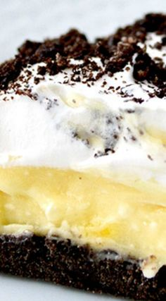 Oreo Cake ~ Layers of pudding, cream cheese and whipped cream ... Delicious