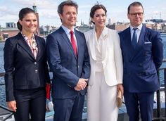 29 May 2017 - Princess Mary and Prince Frederik visit Stockholm (day 1) - suit and blouse by Baum and Pferdgarten, shoes and clutch by Rizzo
