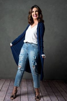 Dress Outfits, Cool Outfits, Fashion Outfits, Womens Fashion, Dresses, Moda Casual, Scarf, Advanced Style, Casual Looks