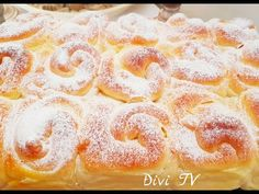 Fluffige Vanille - Topfen ( Quark) Brötchen/ Fluffy Vanilla-Curd Cheese Rolls - YouTube Best Cinnamon Rolls, Cheese Rolling, Snacks, Food Porn, Candy, Baking, Desserts, Recipes, Youtube