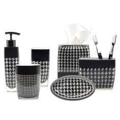bathroom set in houndstooth...a must have for my half bath!!!