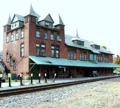 Plattsburgh NY - Delaware & Hudson RR  b 1886 was designed by Albany architects Fuller & Wheeler, in the French Provincial style architecture. It is listed under National Register of Historic Places . Amtrak station.