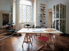 LEONARDO Trestle Table (1940) and MEZZADRO Stool (1958), both by Achille Castiglioni and made in Italy by Zanotta.