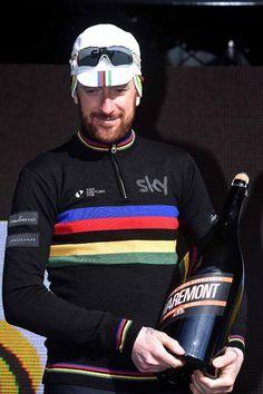 Bradley Wiggins (Team Sky) (Tim de Waele/TDWSport.com) Bradley Wiggins, Road Bike Women, Pro Cycling, Cycling Outfit, Champion, Road Bikes, Apparel Design, Bicycles, Athletes