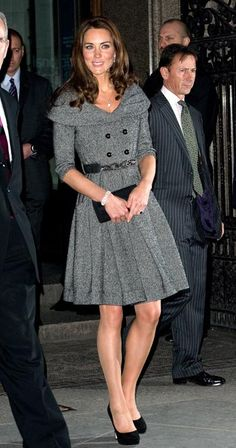 Duchess Kate Middleton.  Gorgeous as usual!  L8ve this simple refined look.