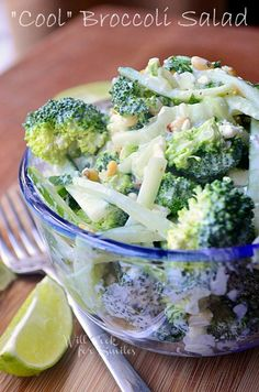 Refreshing and light Broccoli salad packed with fresh broccoli, cucumbers, pine nuts, mint, Greek yo Fresh Broccoli, Roasted Tomato Pasta, Tomato Pasta Salad, Chicken Salad, Healthy Salads, Healthy Eating, Healthy Recipes, Easy Recipes, Sweets