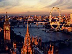Patricia Feitor: London #Lockerz
