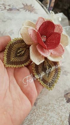 Image gallery – Page 359021401526931437 – Artofit Filet Crochet, Irish Crochet, Diy Crochet, Needle Lace, Bobbin Lace, Sewing Needles, Lace Making, Garden Ornaments, Wire Art