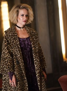 Sarah Paulson was horrifically amazing on the first episode of American Horror Story: Hotel.