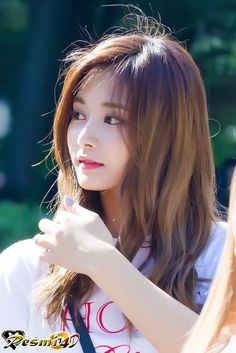 Twice Tzuyu 周子瑜 Pretty Asian, Beautiful Asian Girls, Most Beautiful, Kpop Girl Groups, Korean Girl Groups, Kpop Girls, Nayeon, Korean Beauty, Asian Beauty