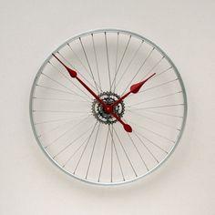 Come riciclare in modo creativo le vecchie gomme della bicicletta…