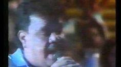 Gal Costa e Tim Maia ao vivo no Chacrinha, via YouTube.