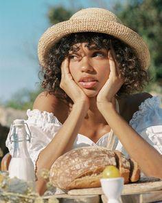 Picnic Photography, Portrait Photography, Shotting Photo, Boho Stil, Foto Instagram, Black Girl Aesthetic, Portraits, Photoshoot Inspiration, Black Girl Magic