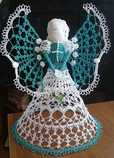 Interesting ideas for decor: Crochet angels ....Вязаные ангелы.
